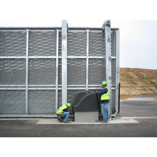 DoorKing 9550 Maximum Security Slide Gate Operator