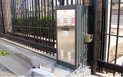 Doorking Commercial Slide Gate Operator
